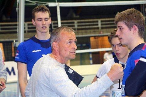 BK Tromsø og Edgar Broks kjemper om seriegullet i volleyball.