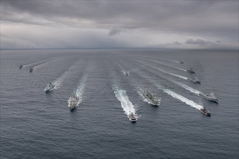 SNMG1- fartøy i formasjon under Cold Response 2016/              SNMG1-Ships in formation on completion of exercise Cold Response  off coast of Norway: (HNoMS STORM (P-961), HNoMS STEIL (P-963),   ESPS CANTABRIA (A15), ESPS ALVARO DE BAZAN (F101), HNoMS THOR HEYERDAHL (F-314), HDMS NIELS JUEL (F-363), FS LV LAVALLE (F-790), FS PRIMAUGUET (D-644), HMS IRON DUKE, HNoMS ROALD AMUNDSEN (f-311), ORP KOSCIUSCO (F-273), HNoMS  - 07 MAR  2016 - Photo by WO C.ARTIGUES (HQ MARCOM).