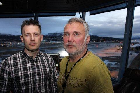 AVINOR-SJEFER: -Dette bildet av sjefflygeleder Ståle A. R. Johnsen og lufthavnsjef Ivar H. Schrøen ved Tromsø lufthavn ble tatt i 2017.