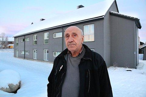Ove Gamst (71) opplever at storparten av tjenestepensjonen hans er spist opp av at han jobbet ut over 67 år.