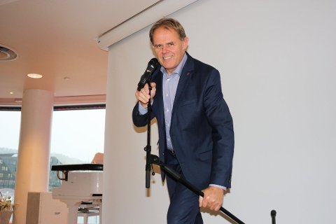 GLADLAKS: Poul-Henrik Remmer nyter gode inntekter av turistboomet i vinter.