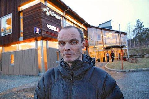 BEST I KLASSEN: Bardu-ordfører Toralf Heimdal kan skryte av lavest arbeidsledighet i Troms ved utgangen av 2017. Totalt sett for fylket går ledigheten, viser Navs desembertall.