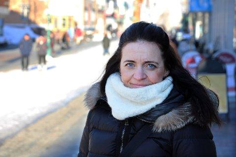 DE ØKONOMISKE FELLENE: Kvinner går i økonomiske feller, og der ligger den viktigste kampen for likestilling, mener advokat Cecilie E. Drechsler. Foto: Bengt Nielsen