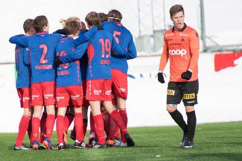 JUBELSCENER: TUIL hadde grunn til å juble mot Åsane søndag - «Dalingan» spilte en kjempekamp i comebacket på Norges nest øverste nivå.