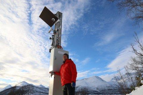 Geolog Andreas Persson i Statens vegvesen er godt fornøyd med den første av to testsesonger for skredradaren i Holmbuktura