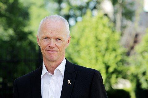 SKEPTISK: Tidligere general Robert Mood stiller spørsmål ved den norske beredskapen. Arkivfoto: Forsvaret