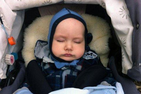 Skal foreldrene eller barnehagen bestemme når barnet skal sove? (illustrasjonsfoto)