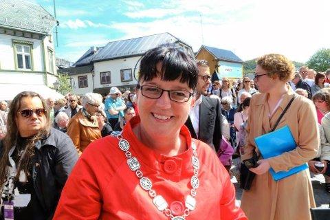 LEI: Marianne Bremnes (Ap), ordfører i Harstad, har skrevet et innlegg på Facebook der hun går hardt ut rykter om hun selv og hennes ektemann Lars. Her er Bremnes avbildet på Festspillene i Nord-Norge i 2015.