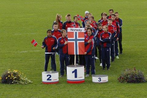 ÅPNINGSSEREMONI: Flere unge fra Troms er i helgen med å representere Nord-Norge i Barents Summer Games.