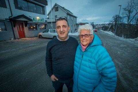 Ibrahim Kadi, sammen med utleier Thelma Widding Vinje, utvider nå åpningstidene til restauranten i Tromsdalen. Foto: Stian Saur