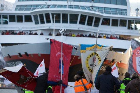 I løpet av de drøyt 3 årene streiken varte gjennomførte havnarbeiderne 170 blokader av Hurtigruten i Tromsø havn. Foto: Ola Solvang