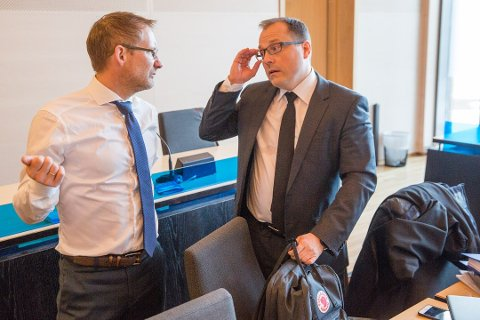 AKTOR: Statsadvokat Tor Børge Nordmo (til høyre) var aktor i saken mot harstadmannen i 60-årene. Her er Nordmo avbildet sammen med advokat Erik Ringberg i forbindelse med en annen sak.
