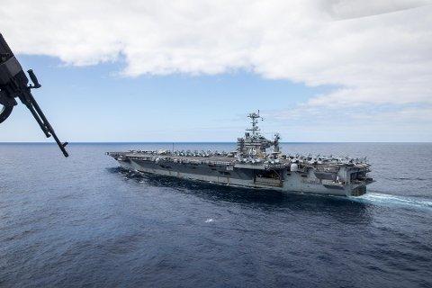 GIGANT: Det amerikanske hangarskipet USS «Harry S. Truman» bidrar i øvelsen «Northern Screen» i Troms.