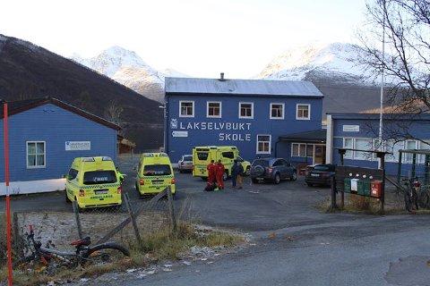 BRANN: Nødetatene rykket ut etter melding om brann i Lakselvbukt onsdag ettermiddag.