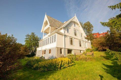HISTORISK: Eiendommen I Broxveien er over 100 år gammel og kan skilte med en lang og spesiell historie. Foto: Sne Eiendom