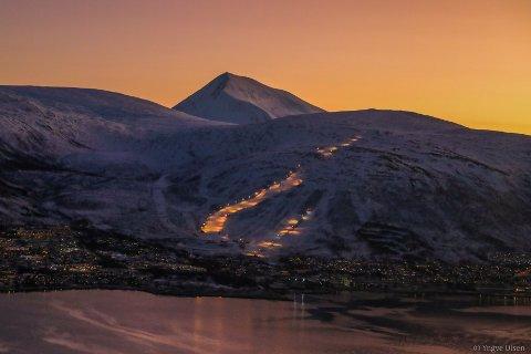 SLUTT FOR SESONGEN: Det er mildværet som gjør at Tromsø Alpinpark ser seg nødt til å avslutte 2018/2019-sesongen.