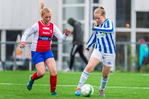 LOKAL FOTBALLFEST: Bardufoss og Skjervøy i kamp under Bardufoss Cup i 2018.