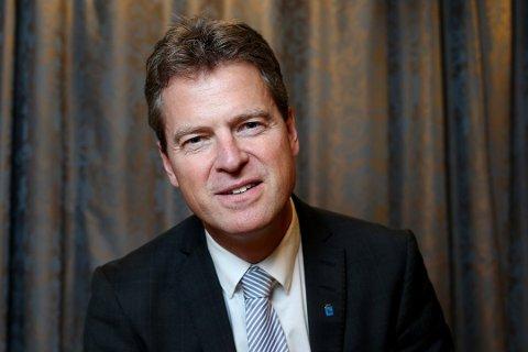 ADVOKATLEDER: Tromsøadvokat Jens Johan Hjort er leder i Advokatforeningen i Norge. Han minner om at de to kollegene som er siktet for narkotikakriminalitet, er uskyldige inntil det motsatte er bevist.