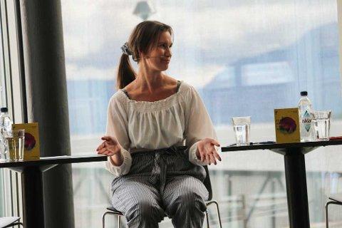 VIRKNINGER OG BIVIRKNINGER: Sunniva Andreassen fra Tromsø gikk offentlig ut som en av Giske-varslerne i Metoo-kampanjen for noen måneder siden. Torsdag diskuterte hun virkninger og bivirkninger av Metoo-bevegelsen i en debatt på Festspillene i Nord-Norge.
