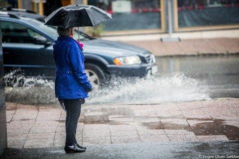 VÅTT VÆR: Det finnes ikke dårlig vær, og alt det der. Trøst deg med disse punktene dersom værsyken har meldt sin ankomst.