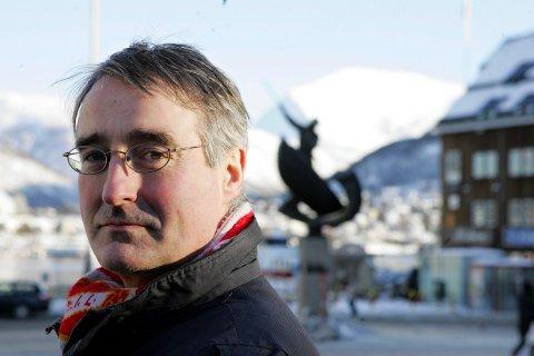 MINNES:- Når Jan Henry T. Olsen nå har gått ut av tiden, er det en av Norges mest markante politikere og samfunnsmennesker som er borte, skriver Svenn A. Nielsen.