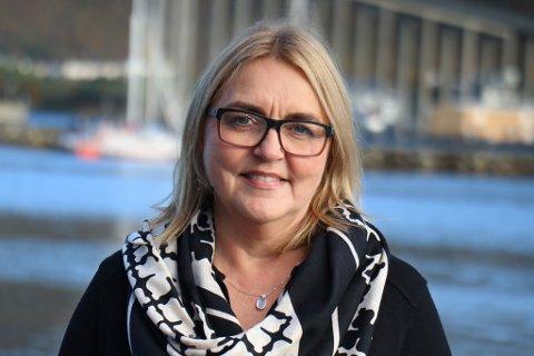 FAST ELLER FLYTENDE, DET ER SPØRSMÅLET: Områdebanksjef Mona Yttergård i Nordea i Tromsø.