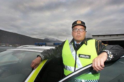 TAR FLERE: UP-sjef Geir Marthinsen og hans mannskap stoppet langt flere trafikksyndere enn året. - Men de langt fleste kjører lovlig og fornuftig, understreker UP-sjefen. Foto: Stian Saur.