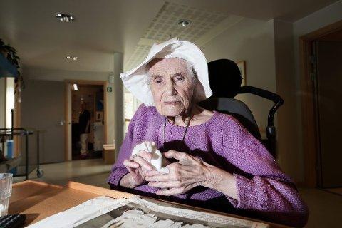 BLE 104 ÅR: Jenny Emilie Øien døde i januar 2016, 104 år gammel. Dette bildet er fra mai 2015