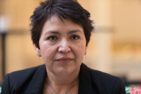 FÆRRE SPEKULASJONER: Mirian Yanira Befring ønsker å dele noe av det som foregikk i all hemmelighet da juryen diskuterte skjebnen til Eirik Jensen. Hun ønsker å stå frem for at det skal bli færre spekulasjoner.