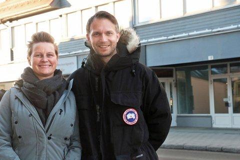 TO ÅR I BYEN: Eva-Linda Victoria Ruda Ramnestedtog Espen Ramnestedt eier og driver Restaurant Smak i Skippergata. Restauranten var to år gammel i mars og har gjort suksess i Tromsø. Foto: Ragnhild Gustad