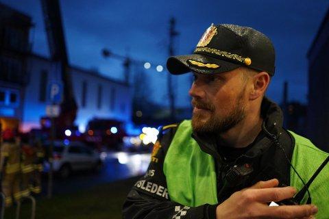 ÉN PÅGREPET: Innsatsleder Knut Slartmann bekrefter overfor Nordlys at én person er pågrepet etter brannen i Grønnegata.