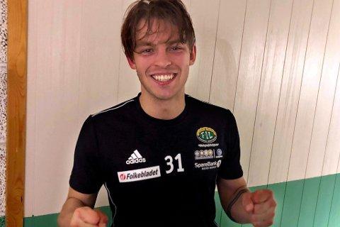 GLAD HELT: Patrik Braathen satte inn 2-3 tre minutter på overtid da Finnsnes tok en sterk borteseier og sørget for Fløyas første tap for sesongen.