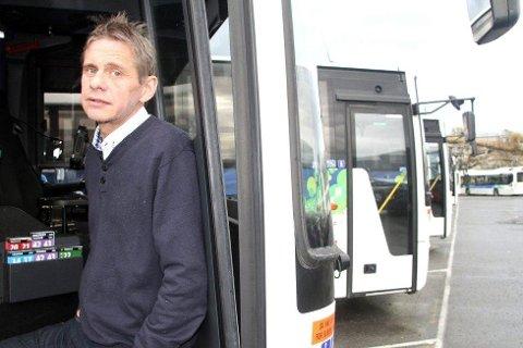 GIR SEG: Magnar Nilsen har ledet Nobina-skuta siden 2012. I løpet av perioden har det både gått opp og ned ifølge han selv. Nå bytter han jobb til det Tide Buss. Busselskapet som skal overta staffetpinnen etter Nobina.