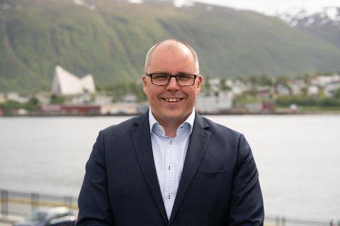 OPPGANG: Tom Erik Larsen i DNB Eiendom melder om prisoppgang og flere boliger til salgs i Tromsø.
