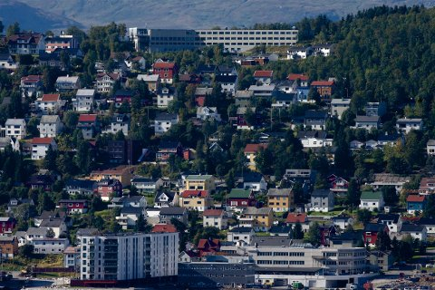 GEBYRER: Kommunen skjerper nå gebyrregulativet. Brukerne skal i større grad finansiere kostnadene ved kommunal saksbehandling i bolig og eiendomssaker. Foto: Ola Solvang