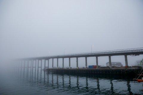 DÅRLIG SIKT: Det var tåke og dårlig sikt i Tromsø på fredag.