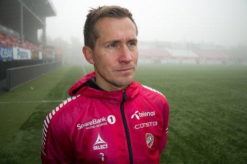 VRAKES: Morten Gamst Pedersen er ikke med fra start når TIL møter Bodø/Glimt i kveld. Her fra fredagens trening på Alfheim.