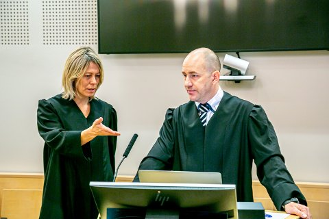 LANGT FRA ENIGE: Advokat Tom E. Lunde Codex advokatkontor er prosessfullmektig for Rita Kral, som saksøker UNN. Hun mener seg utsatt for gjengjeldelse. UNNs advokat Lill Egeland, fra advokatfirmaet Simonsen Vogt Wiig. UNN avviser at Kral er utsatt for gjengjeldelse.