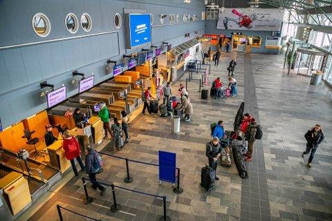 STREIK: Lørdag kan det bli streik blant bakkemannskap ved Tromsø lufthavn.