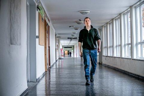 UTFORDRING: Psykologspesialist Martin Bystad sier stadig flere eldre trenger og ønsker psykisk helsehjelp - men at fagfeltet sliter med å ha nok kompetent personell.