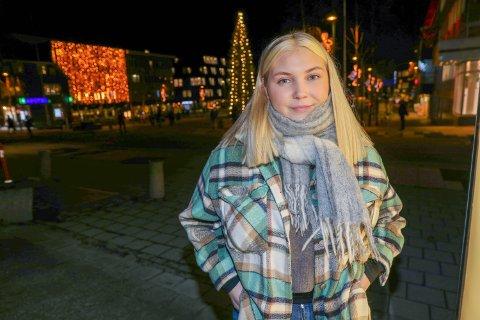 BLE OVERRASKET: Ragnhild Eidissen fikk påvist korona i starten av oktober. Hun var tilnærmet symptomfri da hun tok testen og ble derfor veldig overrasket da den var positiv. Det er typisk for unge koronasyke å ha lite eller ingen  symptomer.