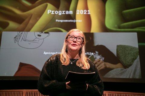 PLANENE KLARE: Festival- og programsjef Lisa Hoen kunne onsdag presentere programmet for TIFF 2021. Festivalen vil bli arrangert i kinosaler og hjemme i din egen stue.
