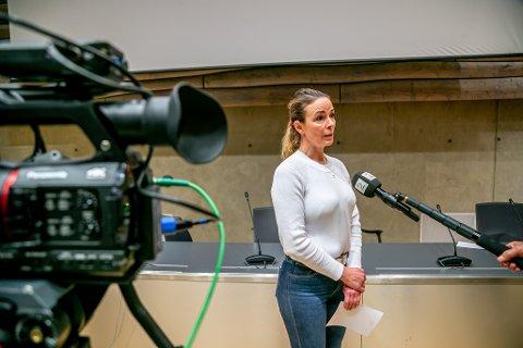KJENT OPPHAV: Kathrine Kristoffersen, kommuneoverlege i Tromsø, vil ikke sammenligne det nye smittetilfellet på Tromsdalen videregående skole, med høstens smitteutbrudd. Omfanget er nok langt mindre nå, mener hun.