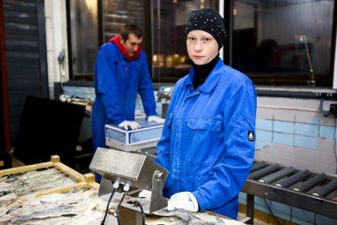 KORONAFAST: Julia Ruskule kommer til å savne familien på julaften. 27-åringen fra Latvia må tilbringe jula sammen med samboer og arbeidskolleger på Skjervøy.