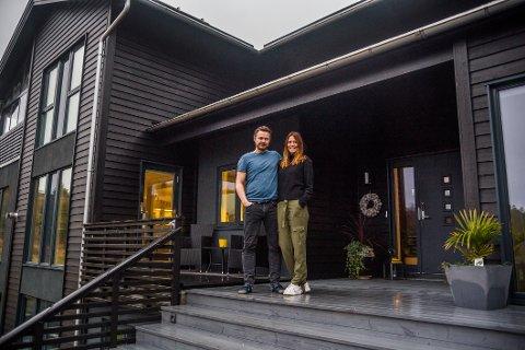 I dette flotte huset på Manstad skal Bjørn og Elise Johansen slå seg til ro. FFK-trenerens familie stortrives i Fredrikstad, og flytter permanent til byen.