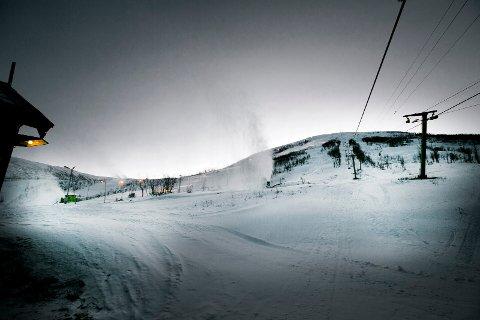 ÅPNE HEISER: Fra og med torsdag er det igjen åpent i Tromsø Alpinpark for besøkende, med en god del restriksjoner.