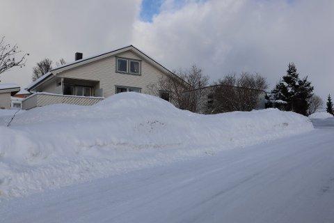 FORTAU KOMMER: Direktør i Tromsø parkering, Tore Harry Paulsen, er blant grunneierne som har protestert mot fortauet. Men nå har et enstemmig formannskap vedtatt ekspropriasjon av grunn fra blant annet hans eiendom på Røstbakktoppen.