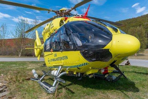 SKADET: Helikopteret landet på metalldeler som gikk inn i skroget.