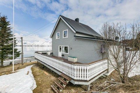 RIMELIG: Det er ikke lange kjøreturen, men i Skittenelv er boligprisene betraktelig lavere enn i bykjernen av Tromsø. For hver meter du reiser ut av byen, blir det billigere, sier megler.