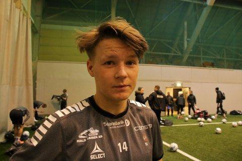 SIGNERT: August MIkkelsen har signert en ny treårskontrakt med TIL.